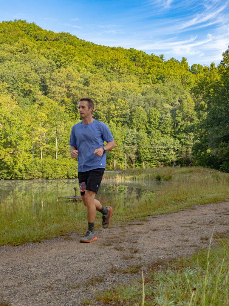 Running on dirt path near Lake Trahlyta